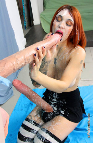 Teen TGirl Tranny Sex Cum Shower
