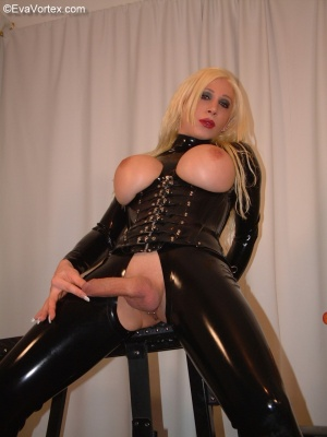 Hung Fetish Shemale in a Latex Catsuit