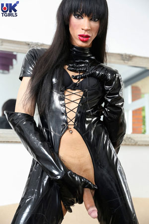 Big Cock Latex Shemale Slut